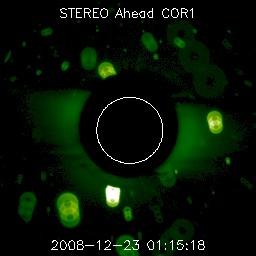 Débris vu par STEREO Ahead COR1